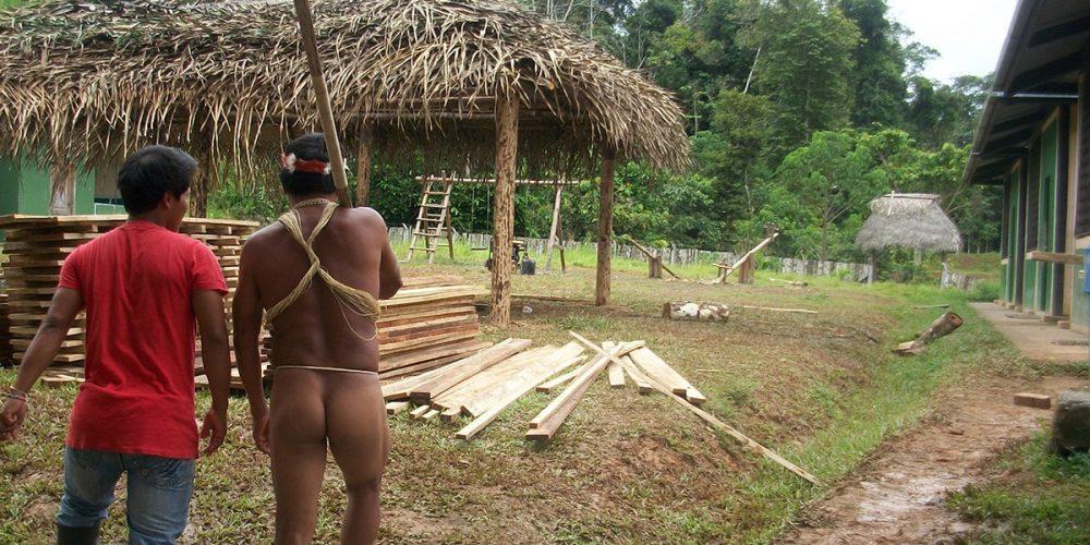 Ecoturismo:  modo de vida  Waorani